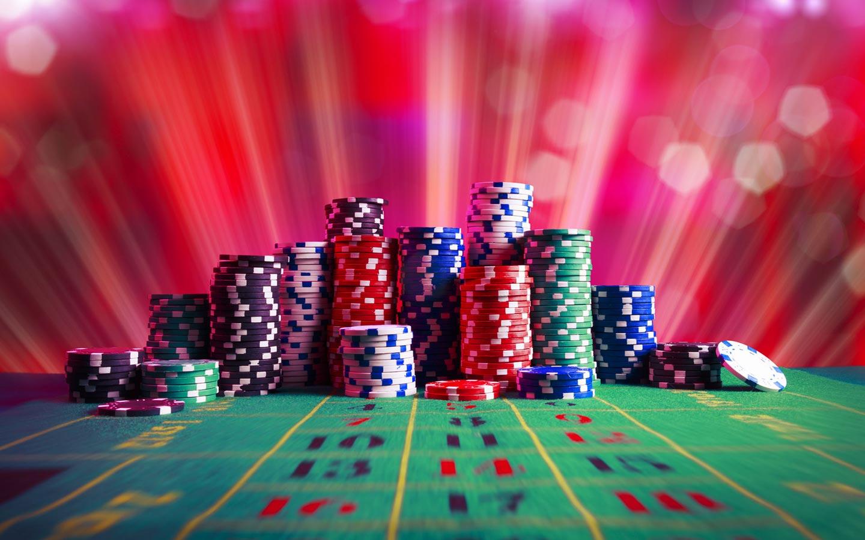 Pourquoi les internautes sont-ils attirés par les casinos en ligne ?